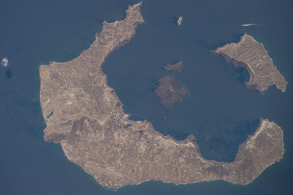 Santorini_Caldera